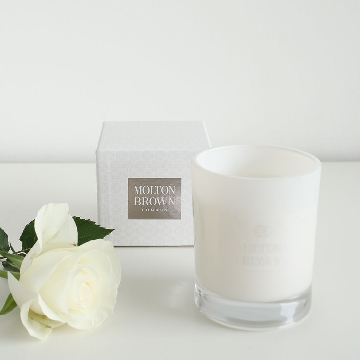 I've fallen head over heels for the new Coco & Sandalwood candle from Molton Brown. It includes warm, intoxicating top notes of coconut and cinnamon and was inspired by an idyllic balmy tropical beach - perfect for evoking memories of your summer holiday long after you've returned. I love testing out new home fragrances and this one definitely makes it into my top 5.