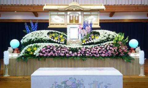 まごころの会 | 音戸葬祭|斎場|寝台自動車|生花店||葬儀業