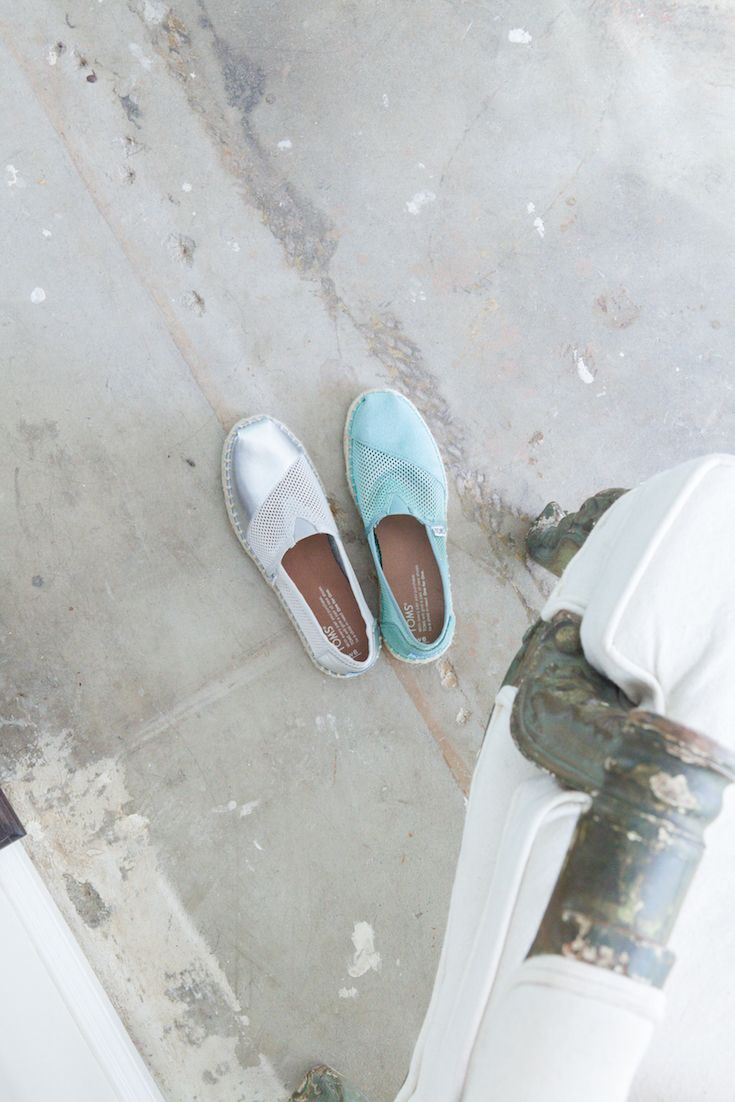 Including TOMS in your wedding makes your big day even more memorable by giving to those in need. TOMS Wedding Collection features special styles for brides, grooms, wedding parties and guests alike.