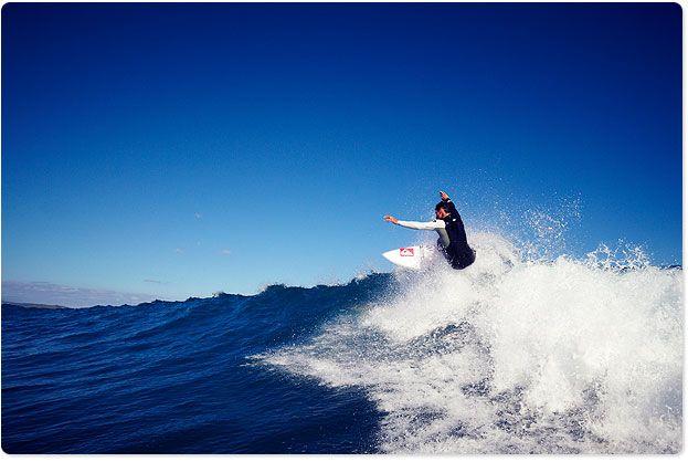 Maz Quinn - kiwi surfer (in a class of his own) conquering Raglan waves