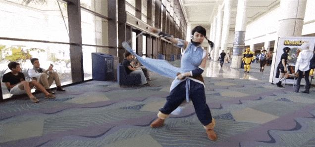 Korra Cosplayer Is Bending Water Like A Pro