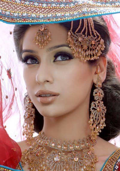 Makeup and Bridal Jewelry