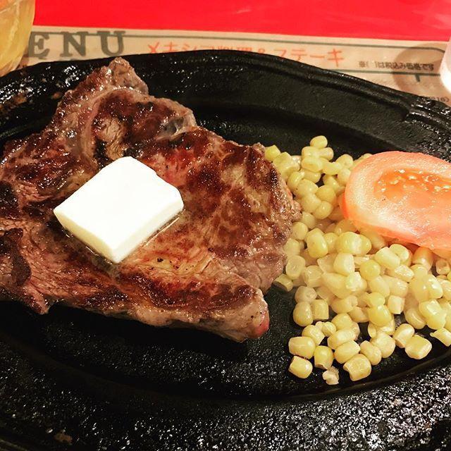 みかづきのイタリアン 三吉屋の中華そば そして、ブロンコのハンバーグorステーキ  ソウルフードなもので、 どうしようもなく食べたくなるのよね。  #happy #myfave #delicious #美味しい#肉#blonco #ハーフポンドステーキ#steak #ブロンコ#新潟#niigata#ソウルフード#懐かしい味