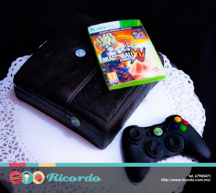 #MiercolesDeGaleria Xbox 360 Delicioso pastel con forma de consola de videojuegos. Se puede realizar cualquier versión y juego. #catalogoRICORDO #pastel #fondant #fondantcake #xbox #xbox360 #videogames #videogame #gamer #dragonballz