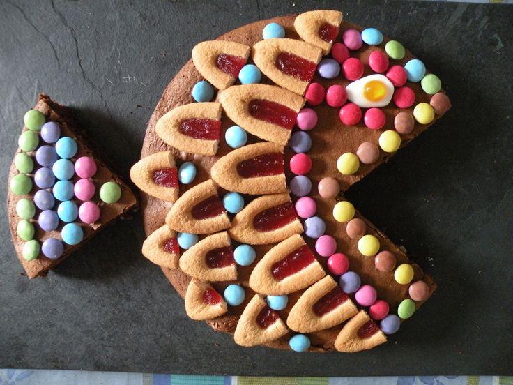 Aujourd'hui, 1er Avril, le poisson est à l'honneur. En clin d'œilà ce jour particulier voici ma version gâteau du poisson d'Avril: Ce superbe gâteau est très simple à réaliser. Pour la décoration,vous aurez besoin: D'un paquet de barquettes de Lu,...