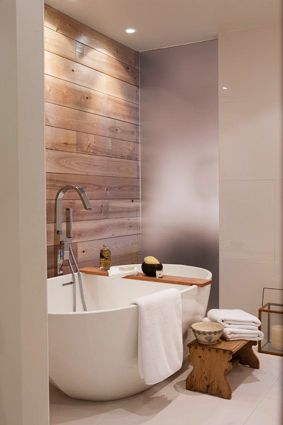 Galerie photos - Architecture, design et construction   Les Ensembliers INSTEAD OF TILE BEHIND MY BATH?? And frosted glass pocket door with black contour?