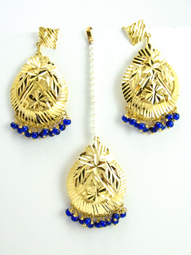 Flower Earrings and Mang Tikka Set with Blue beads