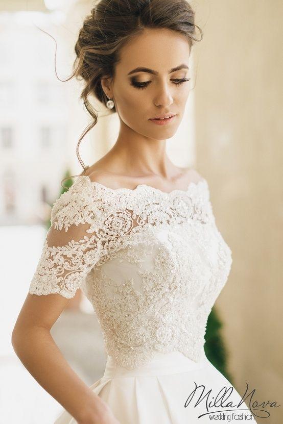 Um verdadeiro achado: conheça os vestidos de noiva repletos de detalhes e rendas Milla Nova