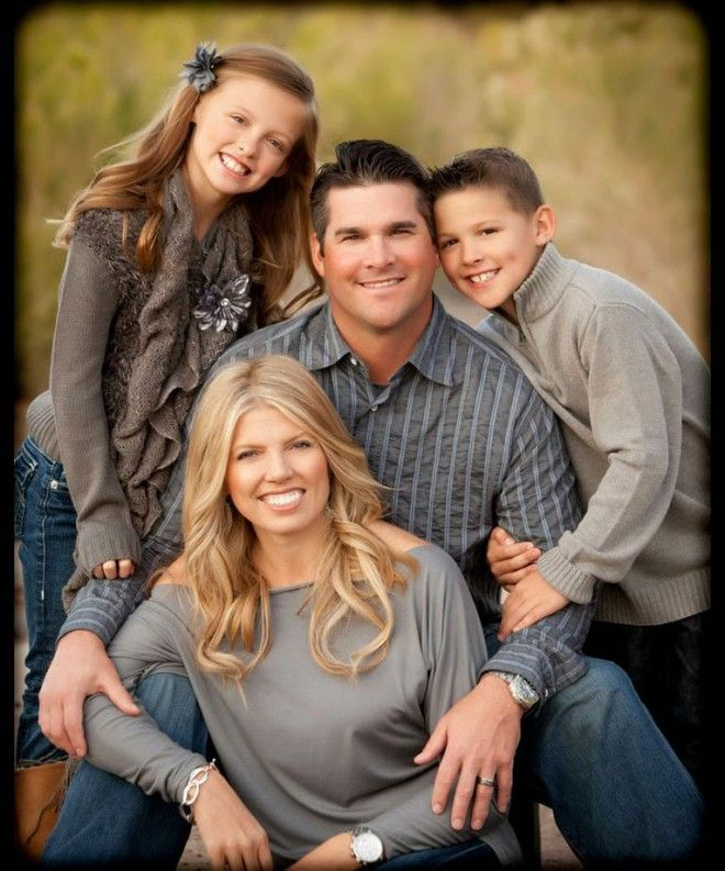 FUN FAMILY PHOTOSHOOT, Family Portrait Photography - YouTube