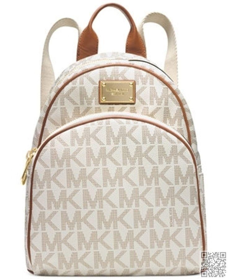 21. #Michael Kors Signature #petit sac à dos - 43 sacs, sacs à main et #fourre-tout de Michael Kors... → Bags