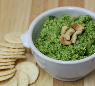Cashew Parmesan and Spinach Dip for Thermomix