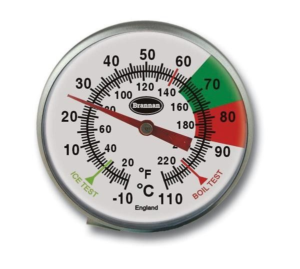 Coffee/Milk Frothing Thermometer 175mm - 45mm Coffee/Milk Frothing Thermometer incorporating green and red zones enabling fast and easy temperature reading of your milk and coffee. The thermometer features a 175mm probe and is supplied with a jug mounting clip.