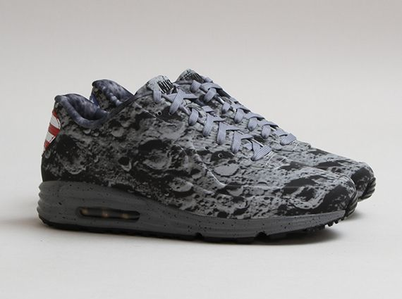 "Nike Air Max Lunar 90 SP ""Moon"" Color: Reflective Silver/Reflective Silver-Metallic Gold Release Date: 07/20/14 Price: $145"