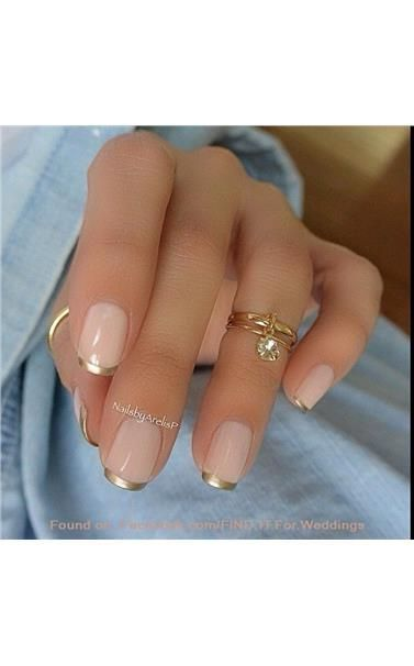 22127398_Pink_and_Gold_French_Manicure_Design.limghandler