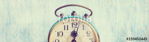 Banner with vintage background - web header template - website design - simple design - vintage alarm clock elements  #Banner - https://fotolia.com/id/159452445  #networking #illustration #webdesign #GraphicDesign #design #decor #webdesign #graphic #art #web #vintage
