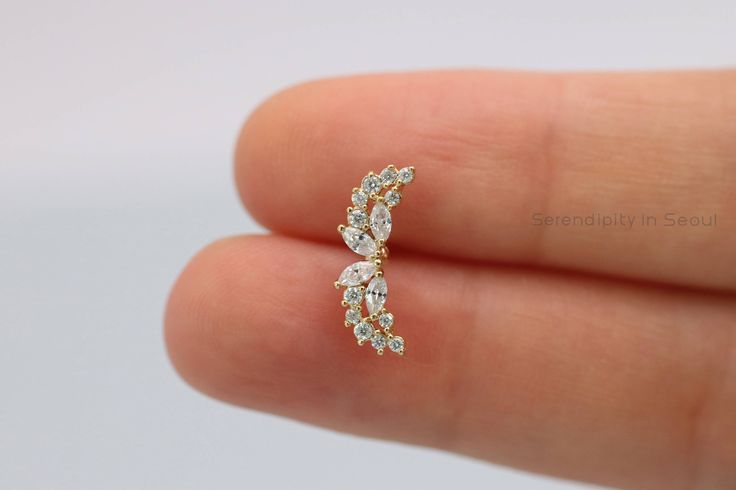 Angel Wings Curved helix earring, cartilage earring, 16g cartilage piercing, 18g helix piercing, labret jewelry, curved earrings, 20g cz piercing by SerendipityinSeoul on Etsy https://www.etsy.com/listing/527979261/curved-helix-earring-cartilage-earring