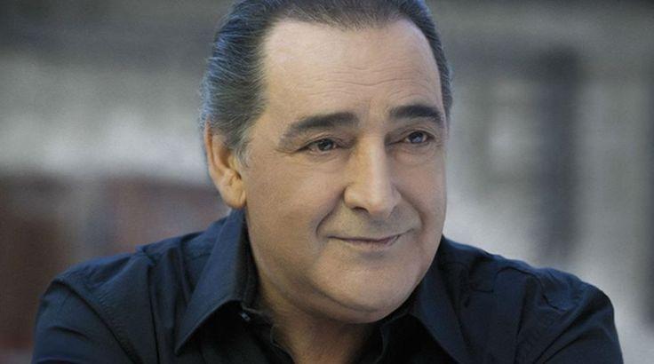 Βαρύ πένθος για τον Βασίλη Καρρά - Έχασε τη μητέρα του Crazynews.gr