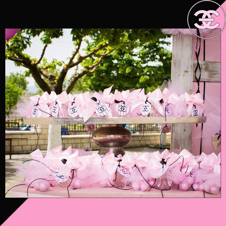 #Βάφτιση με #άρωμα #Channel_No5 #Love #4LOVEgr -#beautiful #baptism with a scent of #Chanel_No5 -#μπομπονιέρες με πραγματικό άρωμα - Always #happy to #work with #flowers and #decoration and give unic #style to #weddings #baptisms #christening #party #birtdays and every #event - Concept Stylist #Μάνθα_Μάντζιου & Floral Artist #Ντίνος_Μαβίδης