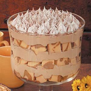 Cappuccino Mousse Trifle Recipe - layers of pound cake with vanilla pudding, coffee, whipped topping, grated chocolate and sprinkled cinnamon.