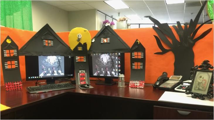 Halloween Themed Wedding Decorations Awesome New Halloween Cubicle