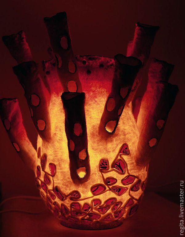 Купить Светильник валяный Актиния красная. - подарок, светилькик, освещение, валяный, ночник, уютный, красный