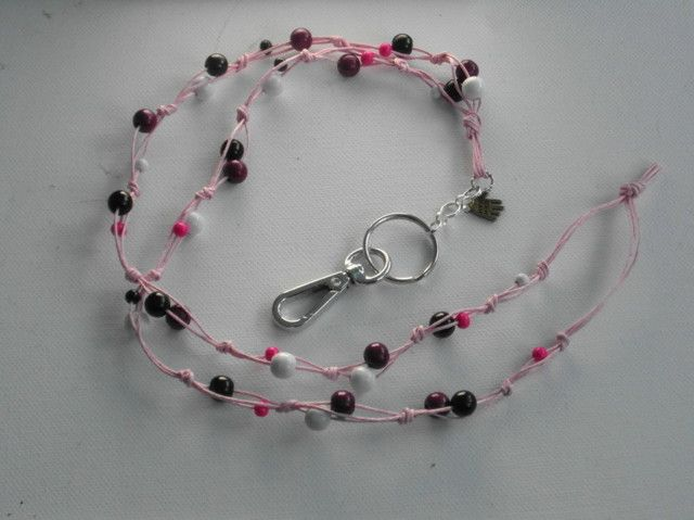 Avainnauha #17 by Miss Piggy / Key chain, ID holder, made with wooden beads and waxed cord