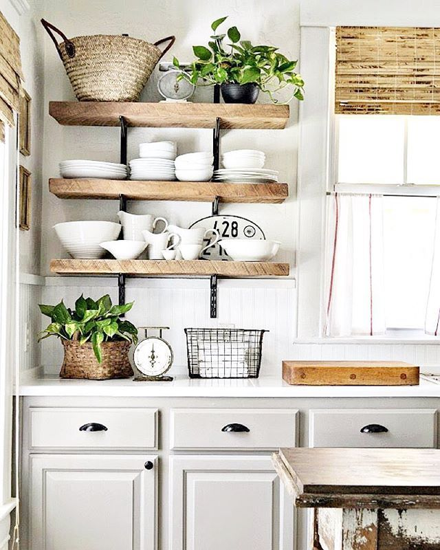 25 best ideas about grey cabinets on pinterest grey - Deco cuisine ancienne campagne ...