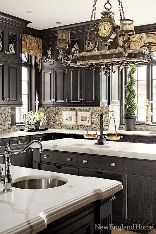 I Am Not Normally A Fan Of Dark Cabinets But This Kitchen Is Absolutely  Beautiful And