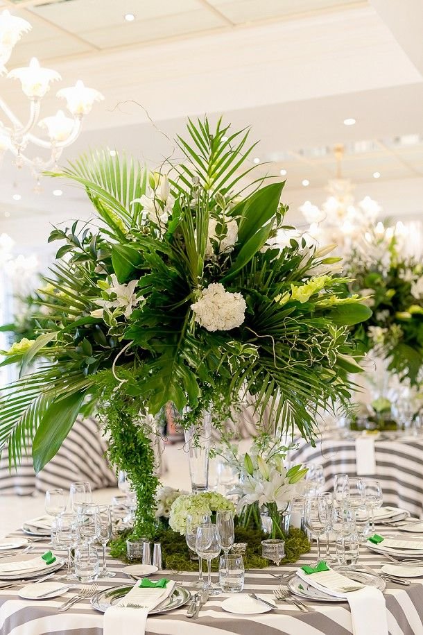 Tropical Elegance Wedding   SouthBound Bride   http://www.southboundbride.com/tropical-elegance-oyster-box-wedding-by-just-judy-claire-david   Credit: Just Judy