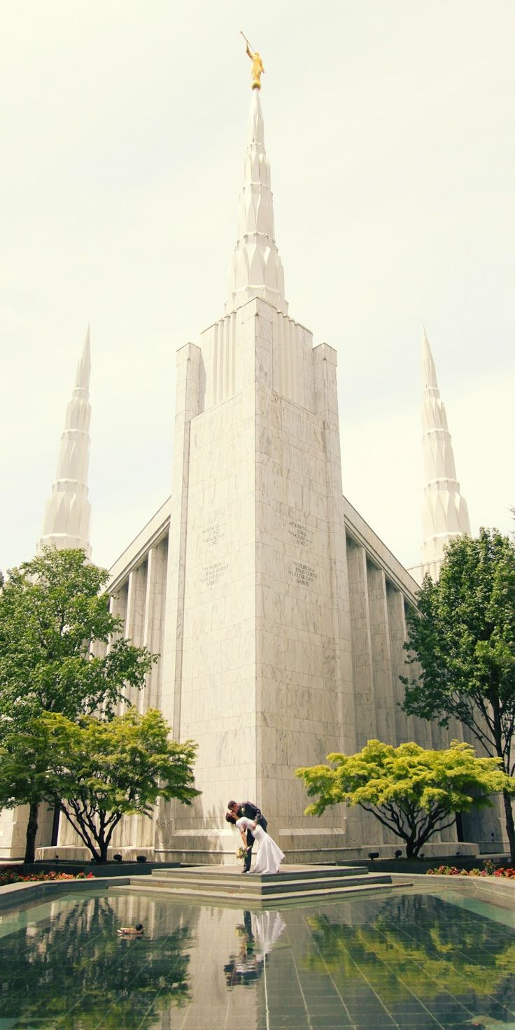 i love the Portland Temple, it is my favorite!