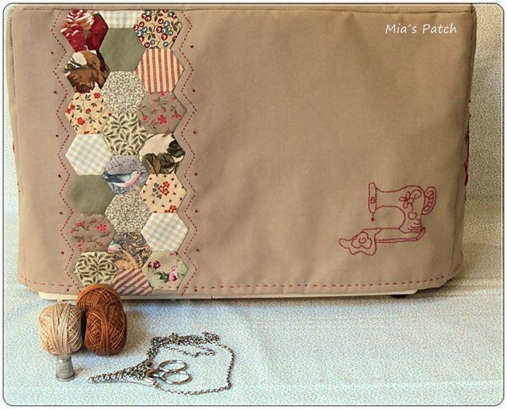 Otra funda de máquina de coser, trabajo de alumna.