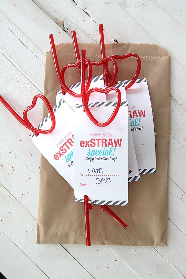 Cute and cheap! Love these Valentine's Day cards using straws from the dolla...