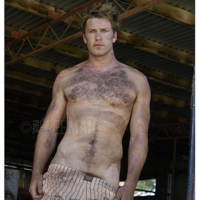 Les Gars De L'Australie Gay Pic 24