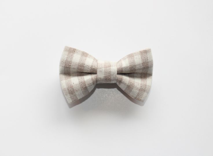 LIMITED EDITION - PICNIC BOWTIE - brookzbabycompany  Let your little Beau's and Bella's express themselves with our one of a kind bow ties.  All Brookz bow ties are double layered and have a velcro neck strap so it can be worn by the tiniest of littles.  Recommended care instructions:  Spot clean only. Do not handwash or soak.  Hand made with love  www.brookz.co