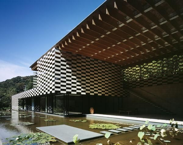Lotus House - Kengo Kuma & Assosicates