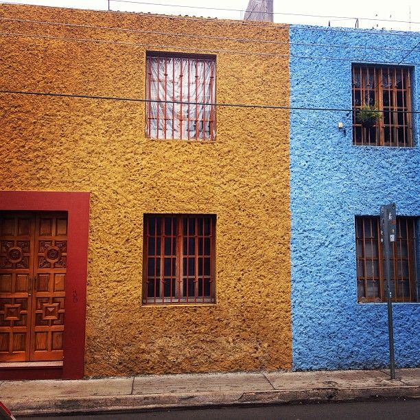 Mexico day 7: wandering (at Oaxaca de Juárez) #architecture #colour #Mexico