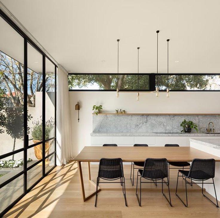 Sublime superwhite kitchen by @blu_seven #cdkstone #superwhite #superwhitedolomite #dolomite #naturalstone #naturalbeauty #naturesmasterpiece #designinspiration