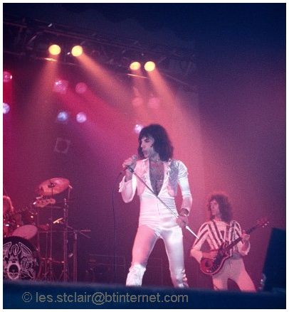 Photo: 14.11.1975 - Queen live at the Empire Theatre, Liverpool, UK