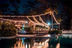 It's all about romantic lightening! #lightswedding #weddinglights #romanticwedding #reception #weddingcostarica #costaricawedding #destinationweddingcostarica #weddingbythepool