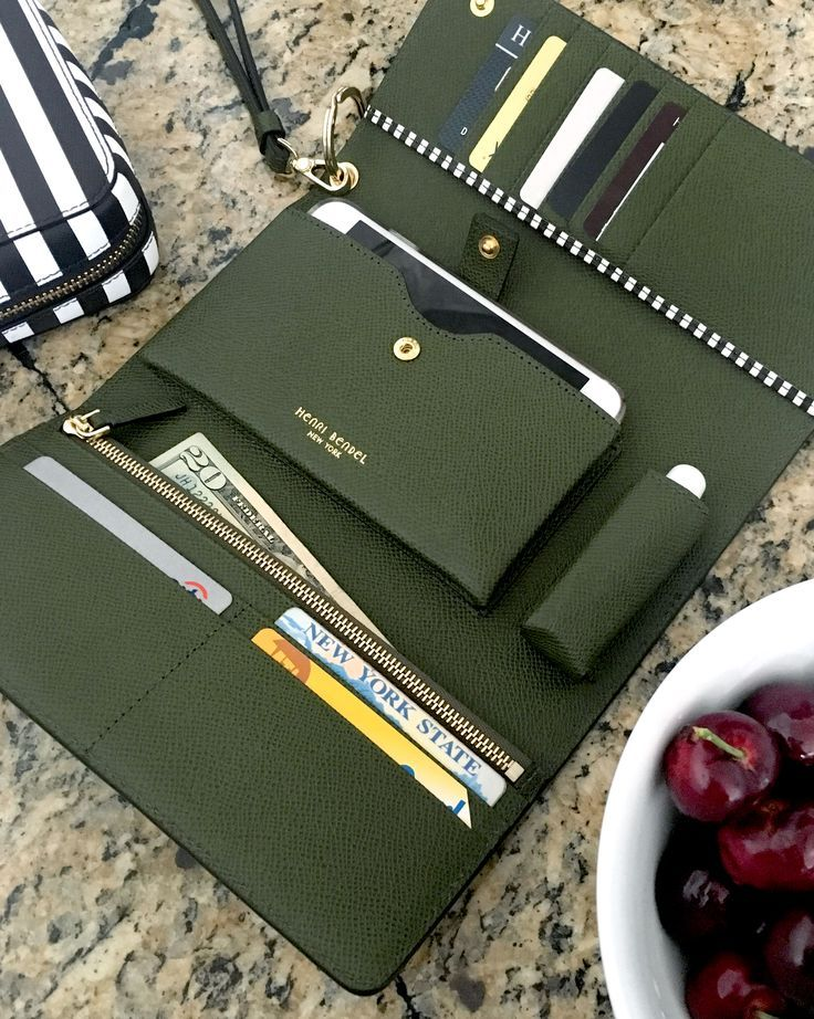 The Uptown Out & About Oragnizer Wallet is for the Bendel Girl who's all about town with every essential at hand. Crafted with fine pebbled leather in a variety of this season's hottest hues, this luxury handbag accessory boasts a slot for everything—including your lipstick.