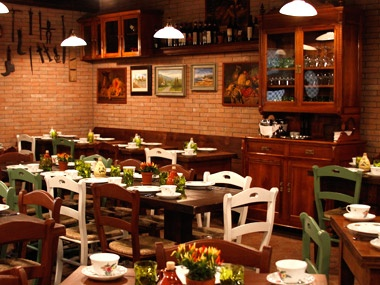 Osteria Morini Is Chef Michael White S Casual Italian Restaurant Located Downtown In Soho Nyc Pays Homage To The Authentic And Rustic Cuisine