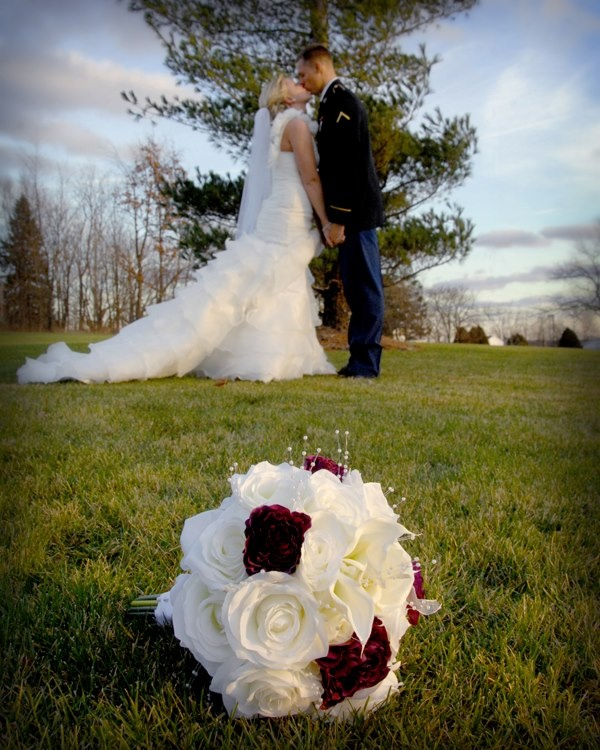Army Wedding Picture   My Best Friend Is So Gorgeous