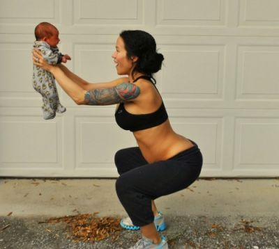 Postpartum exercise plans with super fit new mamma Sia from @Linda Noyes of a Fit Mommy read how much she benefited from continuing to exercise when pregnant and how she will include her adorable son in her fitness here!