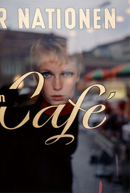 Mia Farrow photographed by Terry O'Neill