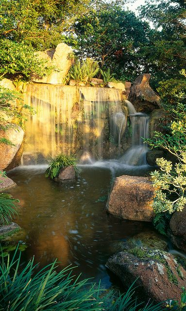 Main waterfall - Morikami Museum (Delray Beach, Florida)