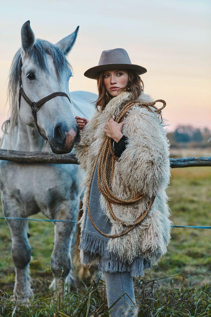 Poncho LA PAMPA ARGENTINA, long skirt LA AMERICANA from B SIDES LA AMERICANA collection (100% fine merino wool) #bsideshandmade #basiachrabolowska #sustainableknitwear