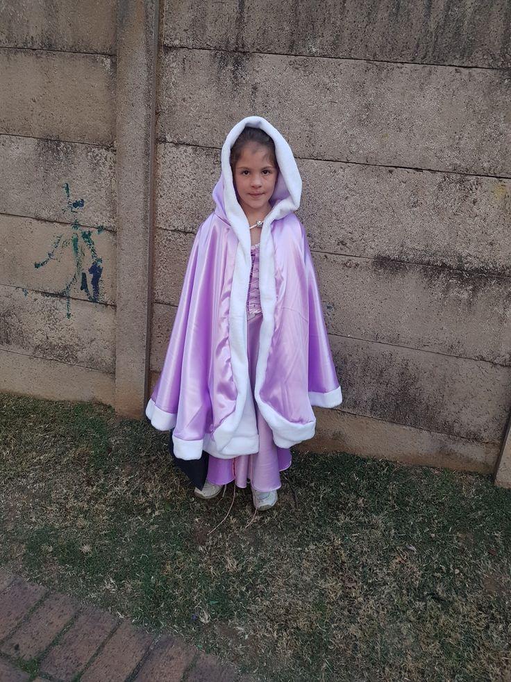 Kaelyn's rapunzel cape