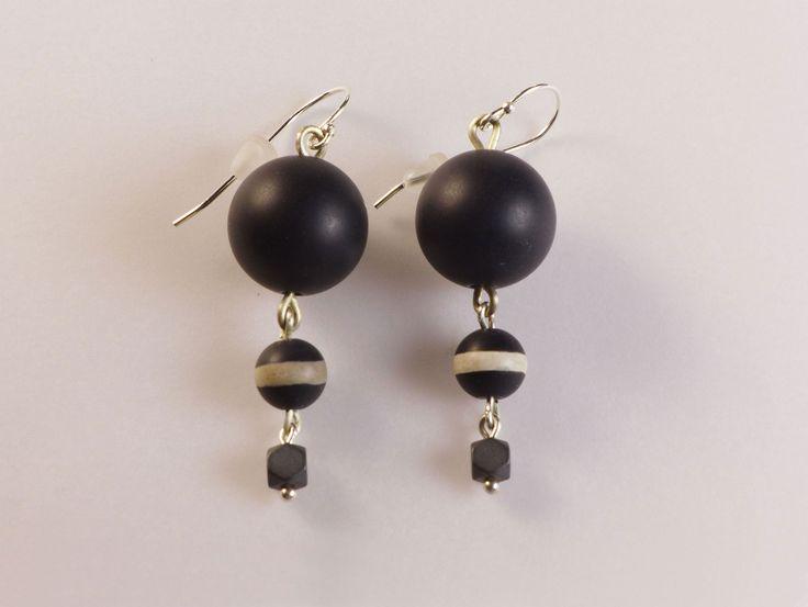 Onix & Agate Long Earrings