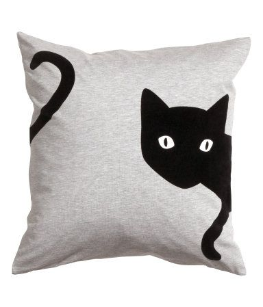 Cushion cover in jersey with a printed velvet design. Concealed zip. Size 20 x 20 in.
