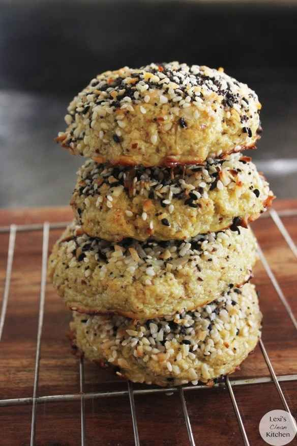 """""""Everything Bagel"""" Cauliflower Rolls! I neeeeeeed to try this! Everything bagels are the one thing I miss the most about going paleo"""